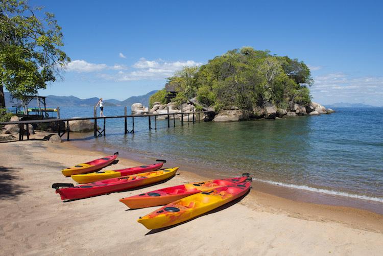 Malawisee Mumboisland Steg und Boote