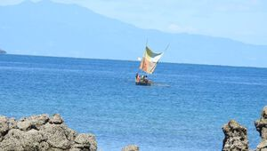 Schiff an Madagskars Küste